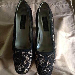 Vintage Kenneth Cole- lace pumps.